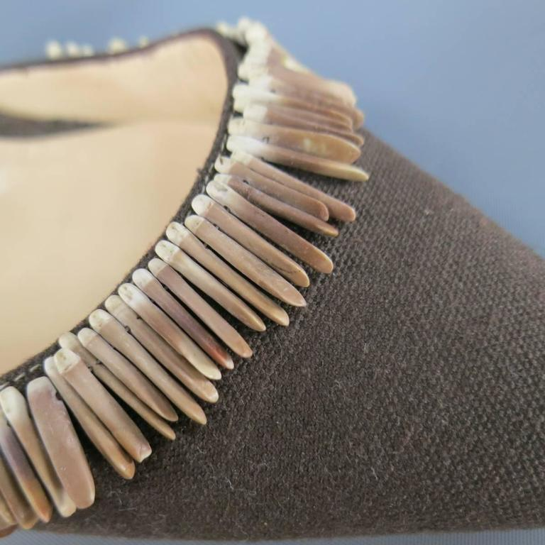 MANOLO BLAHNIK Pumps  - Size 8 Brown Canvas Ankle Strap Sea Shell Heels In Excellent Condition For Sale In San Francisco, CA