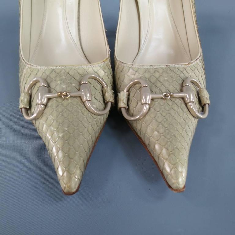 GUCCI Size 9.5 Mint Beige Snakeskin Silver Horsebit Pointed Toe Metal Heel Pumps 5