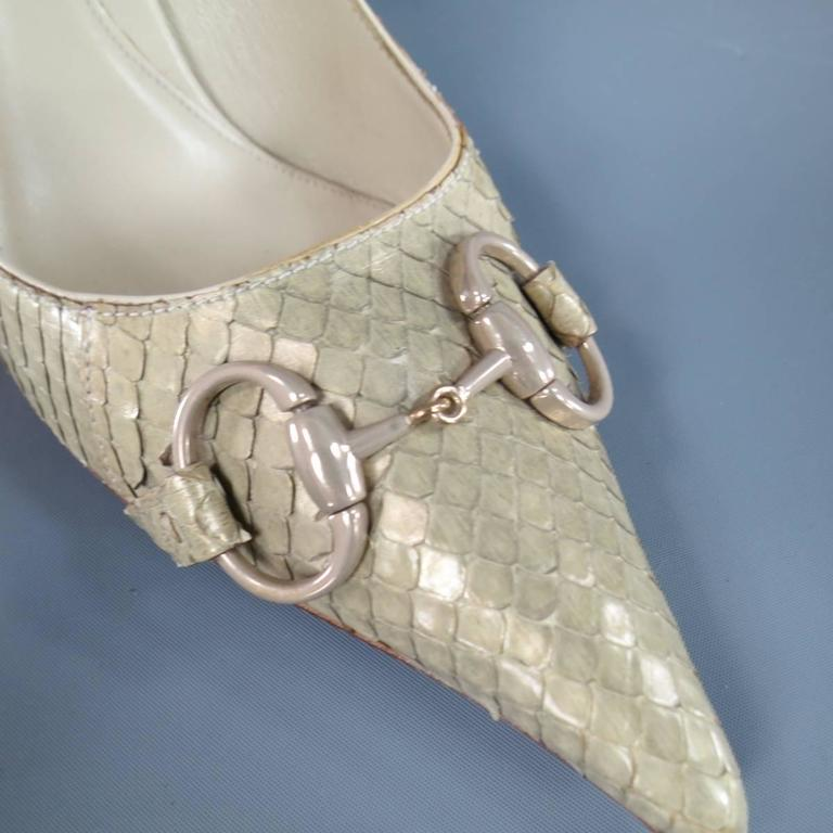 GUCCI Size 9.5 Mint Beige Snakeskin Silver Horsebit Pointed Toe Metal Heel Pumps 3