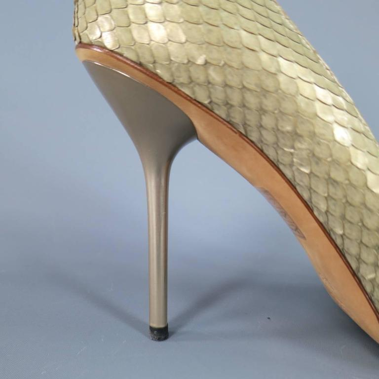 GUCCI Size 9.5 Mint Beige Snakeskin Silver Horsebit Pointed Toe Metal Heel Pumps 6
