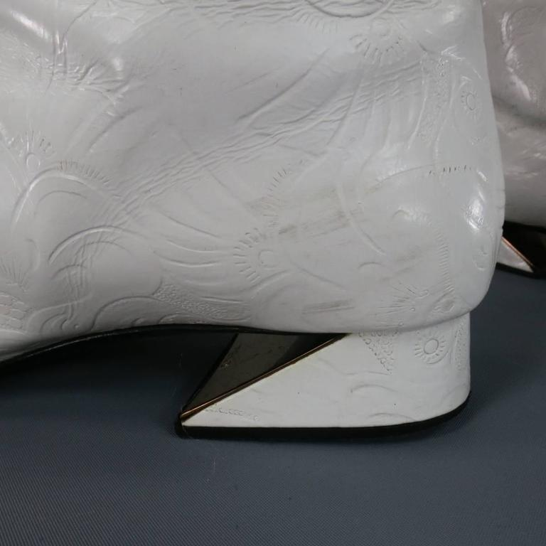 FENDI Size 8 White FLoral Embossed Leather Pull On Go Go Calf Boots 9