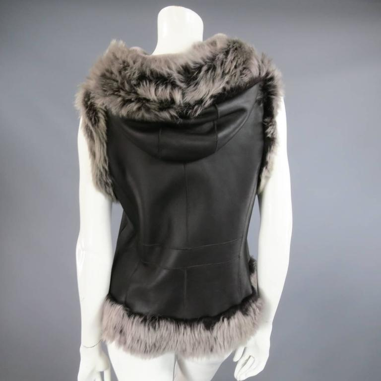 ROSENBERG & LENHART Size 8 Gray & Black Hooded Lamb Fur Shearling Leather Vest For Sale 1