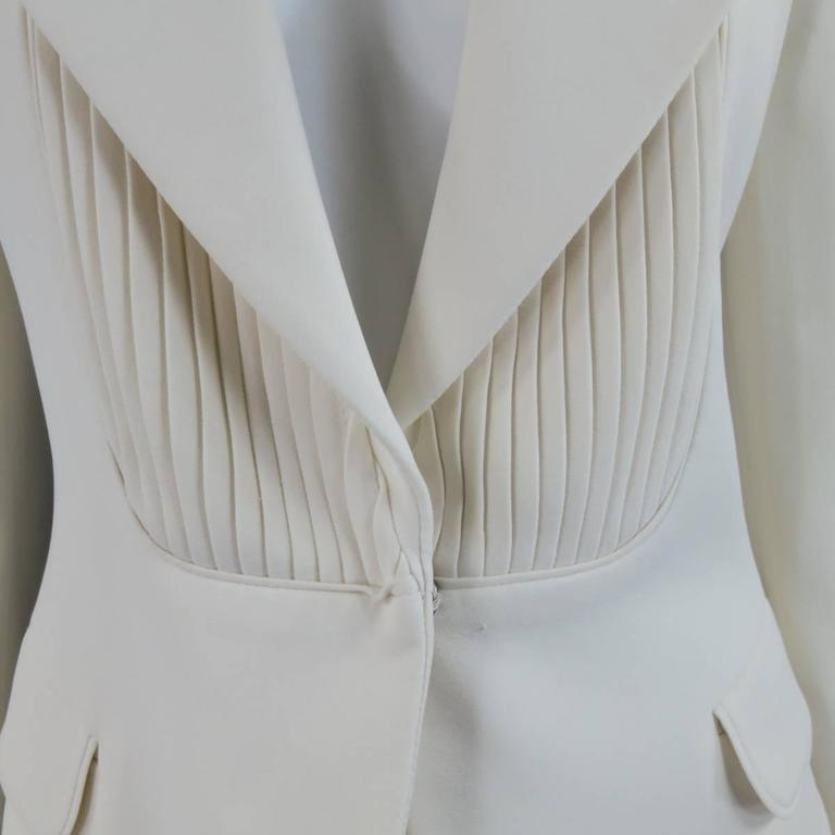 VIKTOR & ROLF Size 6 Off White Silk Tuxedo Style Pleated Bib Pants Suit 4