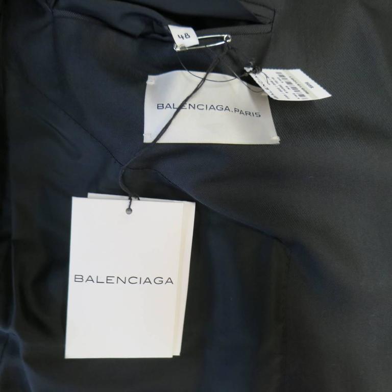 Men's BALENCIAGA 38 Regular Midnight Navy Double Breasted Peak Lapel Sport Coat For Sale 2