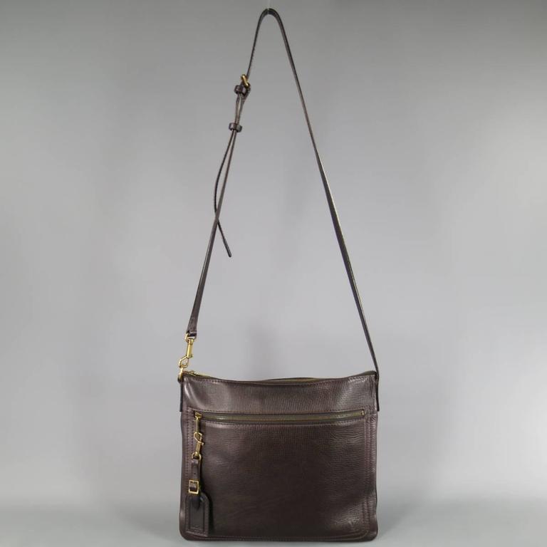 Gray LOUIS VUITTON Brown Utah Textured Leather Sac Plat Messenger Bag