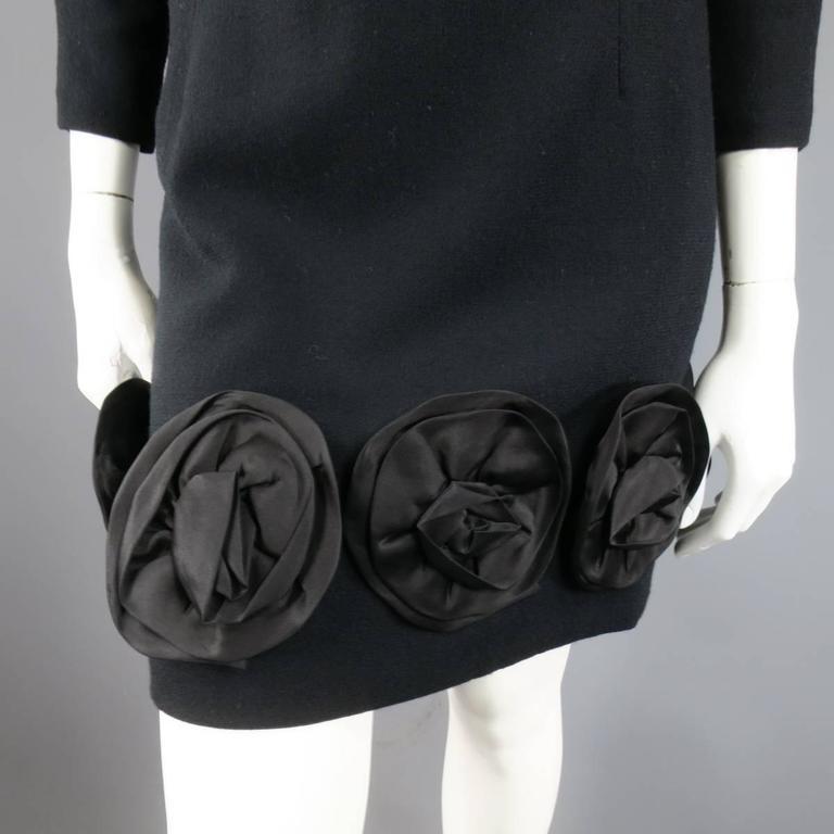 Vintage CAROLINA HERRERA 4 Black Wool Blend Long Sleeve Flower Hem Sheath Dress 3