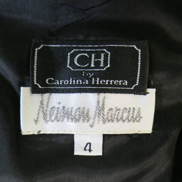 Vintage CAROLINA HERRERA 4 Black Wool Blend Long Sleeve Flower Hem Sheath Dress For Sale 2