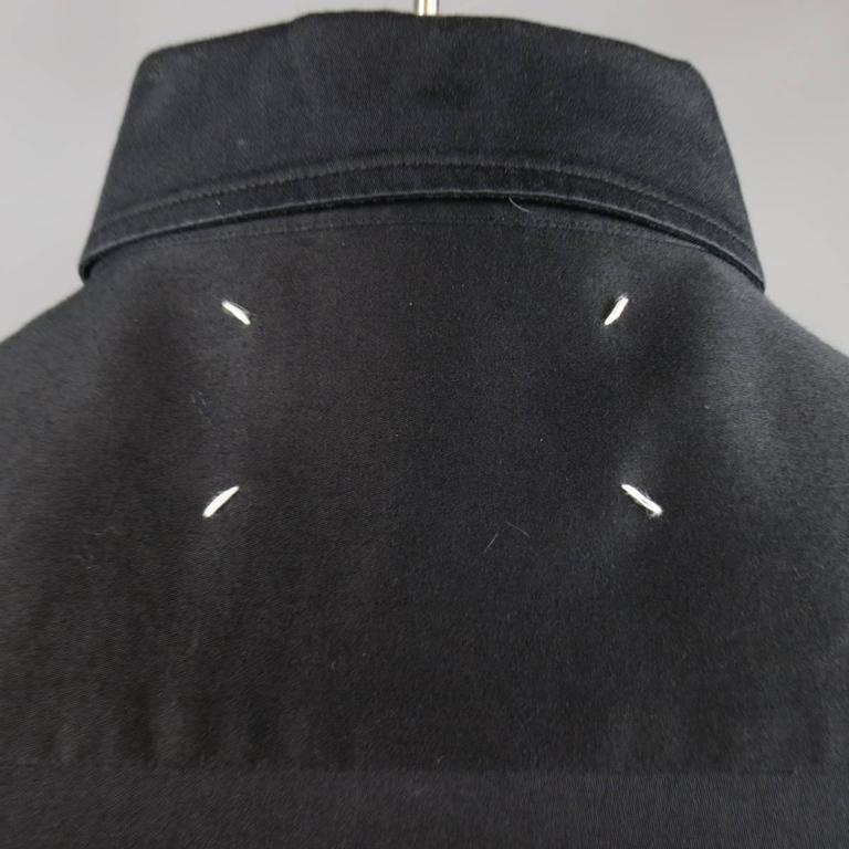 MAISON MARTIN MARGIELA Size M Black Cotton Button Stud Removable Collar Shirt For Sale 1