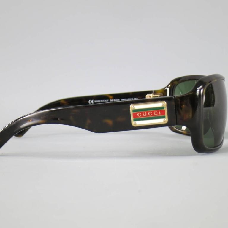 Vintage GUCCI Brown Tortoise Shell Acetate Retro Logo Sunglasses In Fair Condition For Sale In San Francisco, CA
