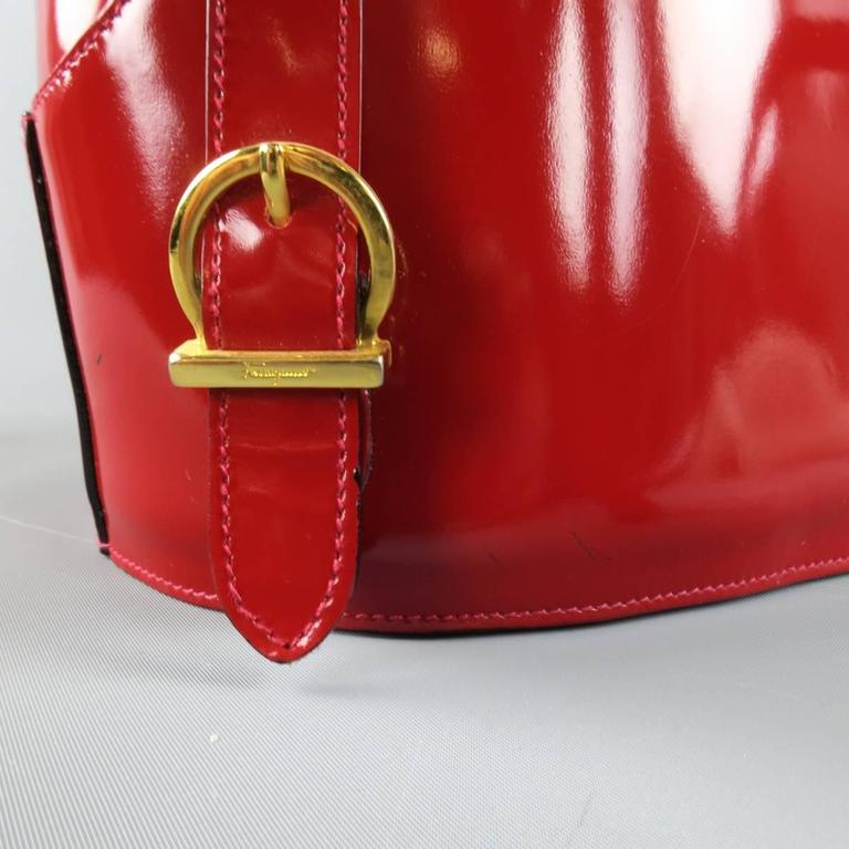 Vintage SALVATORE FERRAGAMO Red Patent Leather Drawstring Bucket Backpack For Sale 2