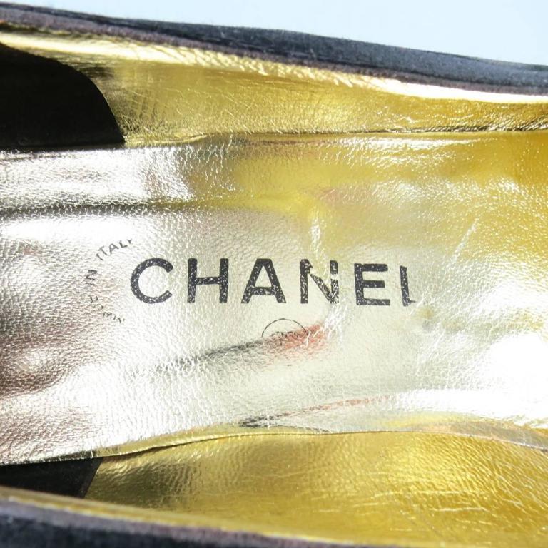 Vintage CHANEL Size 9.5 Black Velvet Tuxedo Flats 8