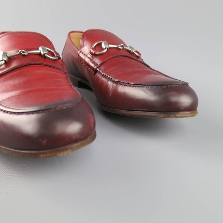 Men's GUCCI Size 10 Brick Red Ombre Leather Silver Horsebit Loafers For Sale 2