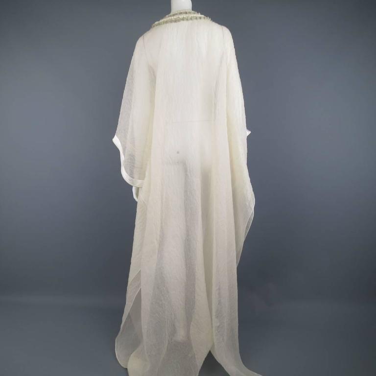 OSCAR DE LA RENTA Beige Textured Silk Fringe Embellished Trim Kaftan Gown For Sale 4