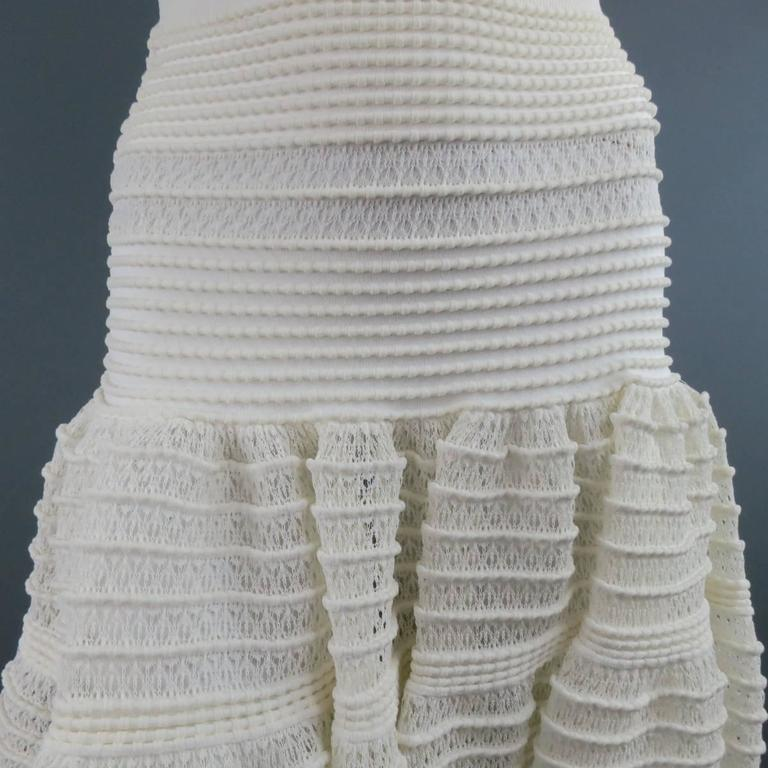ALAIA Size M Cream Mesh Knit Scoop Neck Ruffle Skirt Set For Sale 3