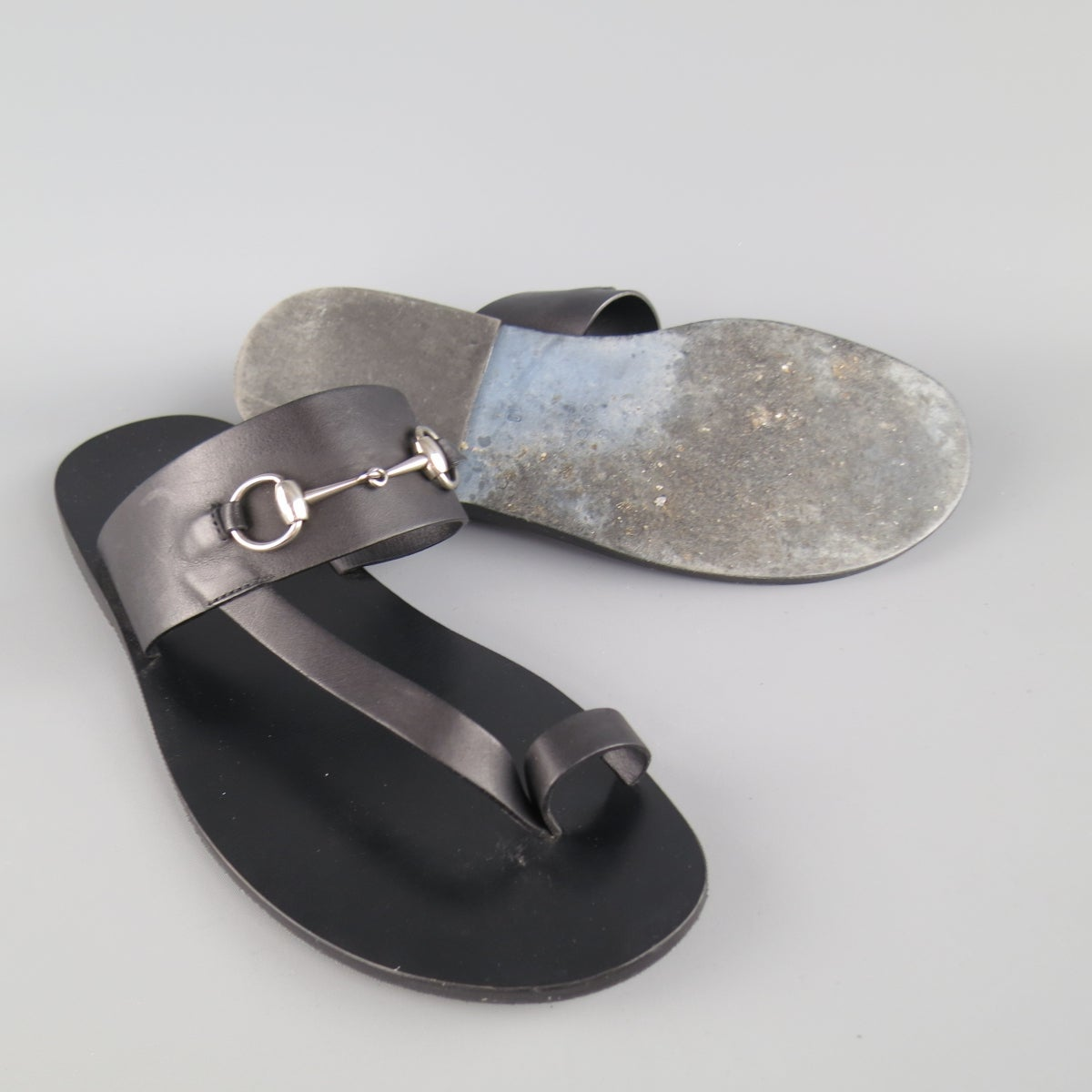 2bf03ae91 Men's GUCCI Size 11 Black Leather Silver Horsebit Toe Strap Sandals at  1stdibs