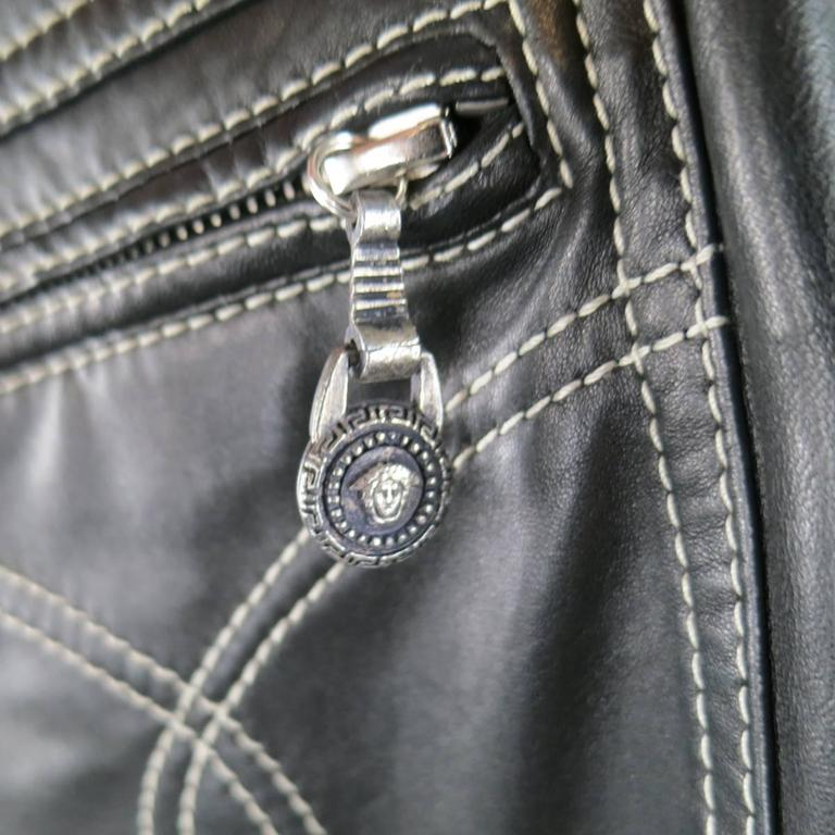 GIANNI VERSACE Jean 2 Black & Silver Contrast Stitch Leather Chain Piping For Sale 4
