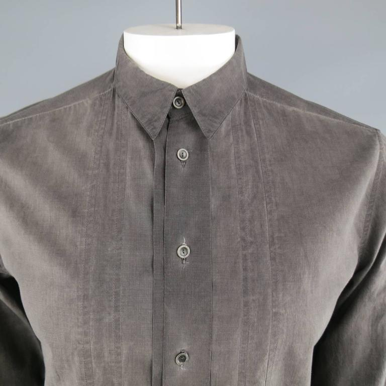 FORME 3'3204322896 shirt in a washed look dyed cotton featuring a pointed collar and pleated placket.  Made in Italy.   Excellent Pre-Owned Condition. Marked: IT 48   Measurements:   Shoulder: 16 in. Chest: 44 in. Sleeve: 27 in. Length: 30 in.