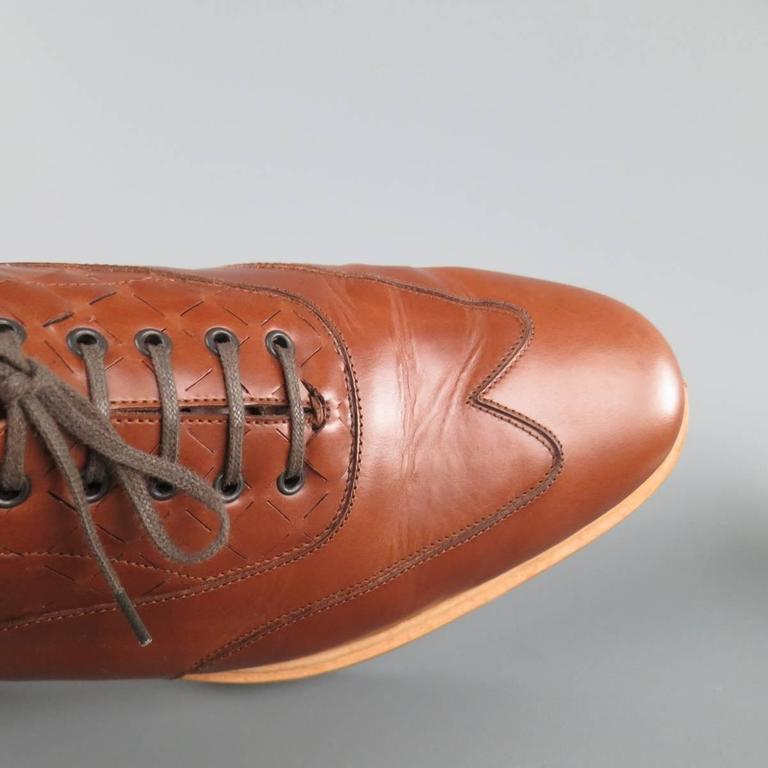Men's SALVATORE FERRAGAMO Size 11 Tan Solid Leather Wingtip Rubber Sole Lace Up 3