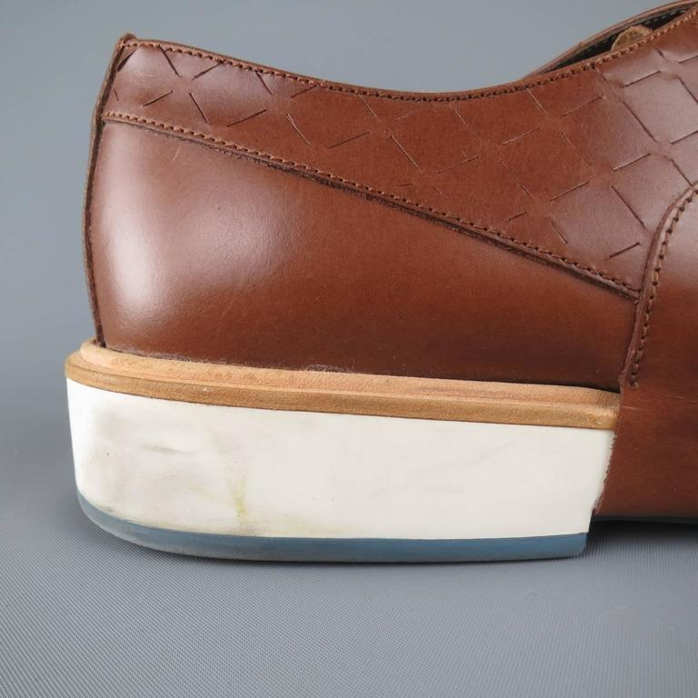 Men's SALVATORE FERRAGAMO Size 11 Tan Solid Leather Wingtip Rubber Sole Lace Up 8