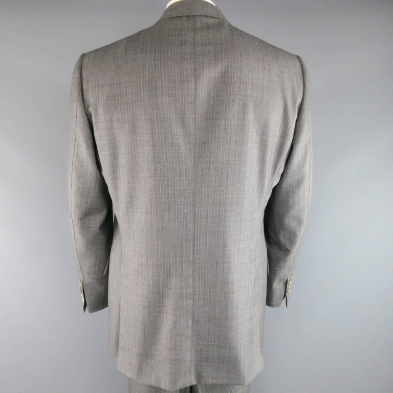 Tom Ford Men's Grey Herringbone Wool 2 Button Suit   In Excellent Condition In San Francisco, CA