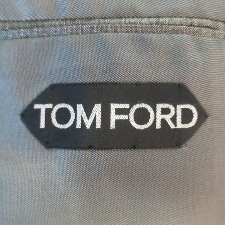 Tom Ford Men's Grey Herringbone Wool 2 Button Suit   3