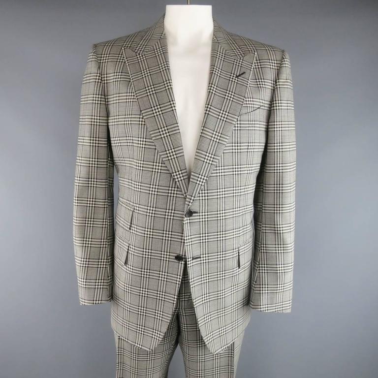 TOM FORD 48 R Black & White Glenplaid Wool / Mohair 2 Piece Peak Lapel Suit 2