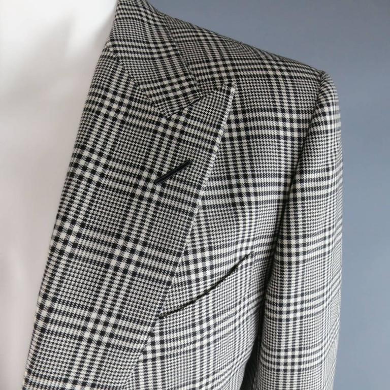 TOM FORD 48 R Black & White Glenplaid Wool / Mohair 2 Piece Peak Lapel Suit 3