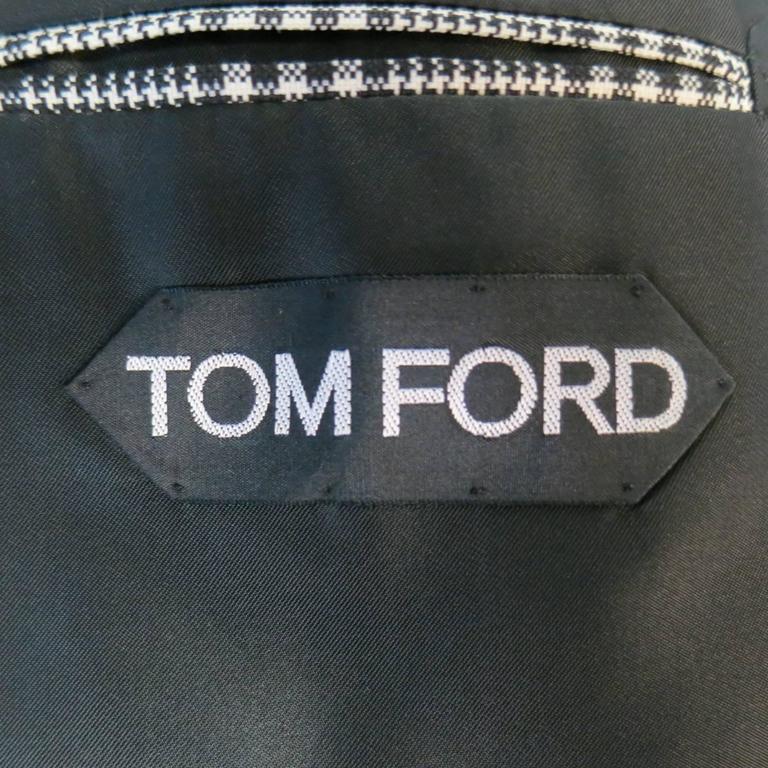 TOM FORD 48 R Black & White Glenplaid Wool / Mohair 2 Piece Peak Lapel Suit 8