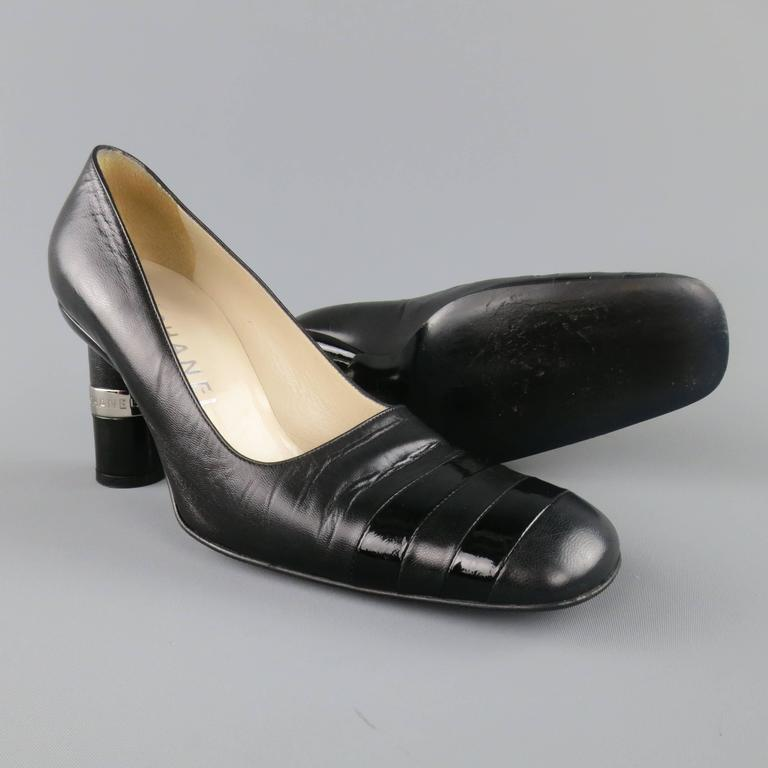 Vintage CHANEL Size 8.5 Black Leather Silver Logo Round Heel Pumps 3
