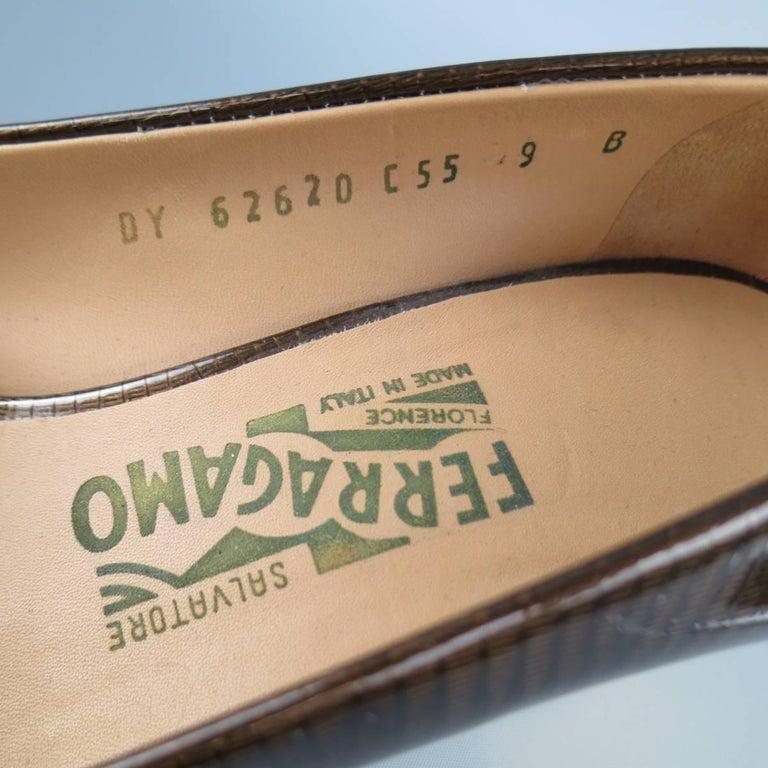 SALVATORE FERRAGAMO Size 9 Brown Lizard Patent Leather Gold Heel Bow Pumps For Sale 3
