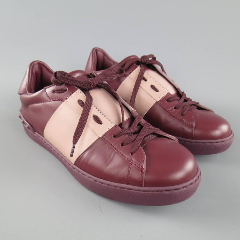 Men's VALENTINO Size 7.5 Burgundy & Mauve Two Toned Leather Rockstud Sneakers For Sale 3
