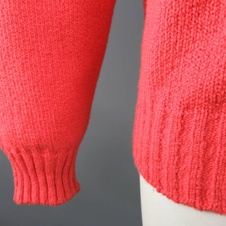 Men's LORO PIANA Size L Coral Red Knitted Cotton Crewneck Pullover Sweater In Good Condition For Sale In San Francisco, CA