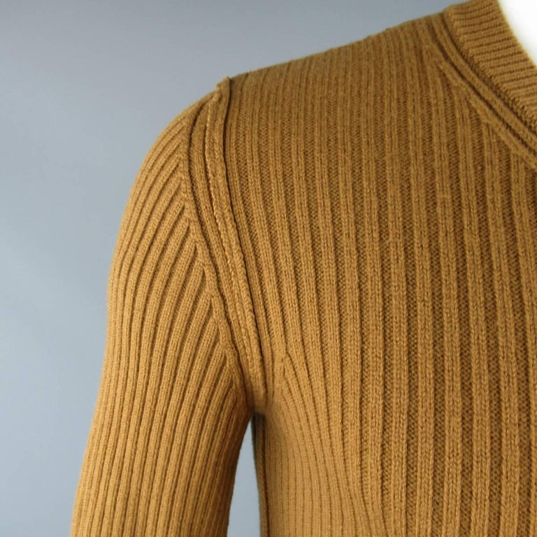 a58495fd9a Brown Men s DOLCE   GABBANA Size S Tan Ribbed Knit Wool Sweater For Sale