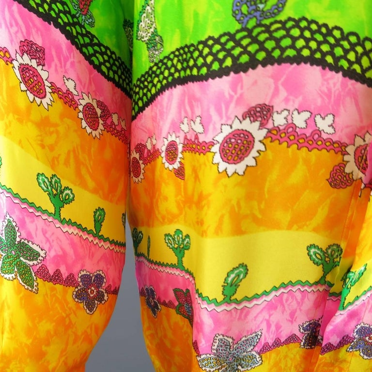 GIANNI VERSACE Size L Multi-Color Watercolor Abstract Plant Print Silk Blouse In Excellent Condition For Sale In San Francisco, CA
