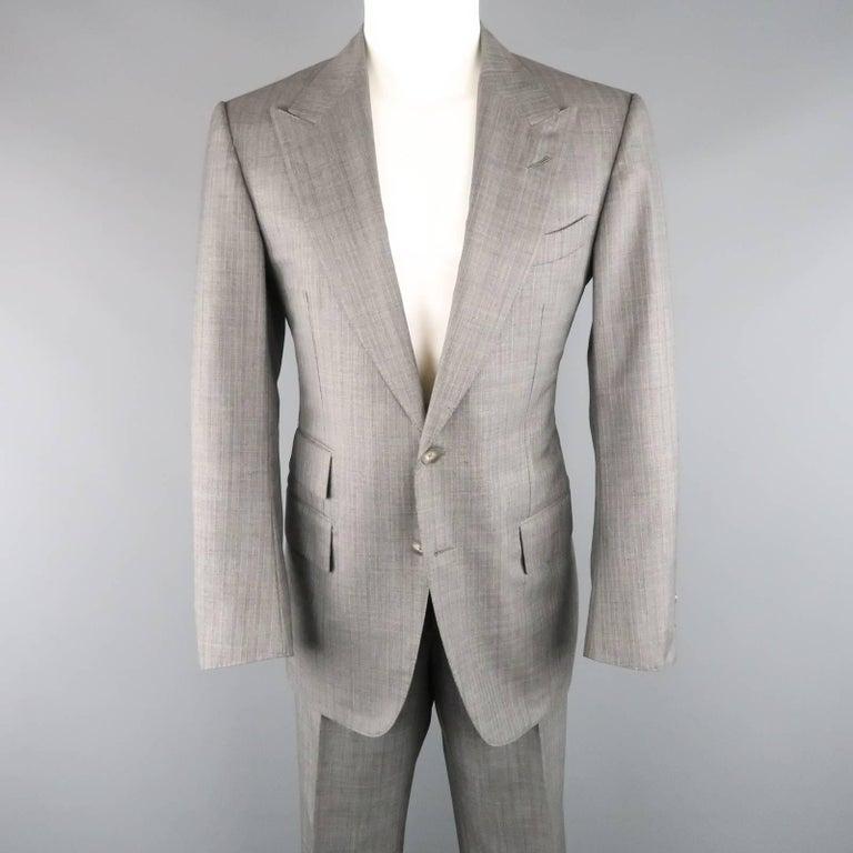 Men's TOM FORD 40 Regular Grey Herringbone Wool Peak Lapel Suit 2