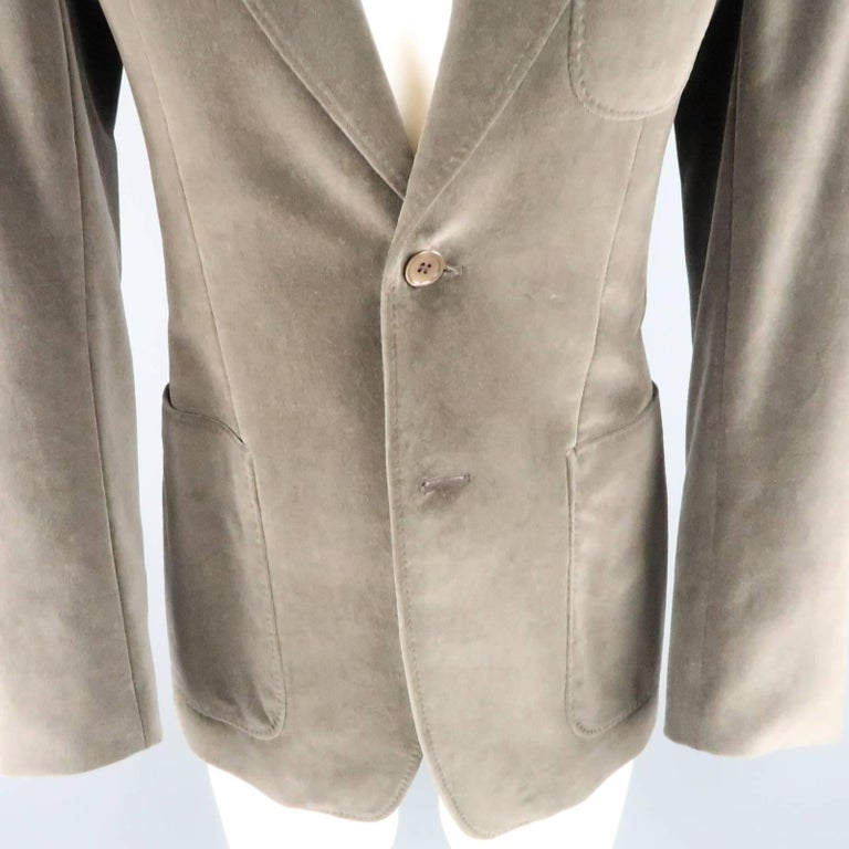 YVES SAINT LAURENT Size 34 Dark Taupe Velvet Patch Pocket Sport Coat In Good Condition For Sale In San Francisco, CA