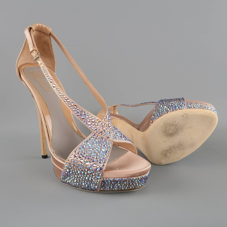 Women's GUCCI Size 8.5 Tan Silk & Patent Leather Blue Rhinestone Sofia Etoile Sandals For Sale