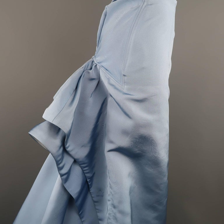 Carolina Herrera Size 10 Light Blue Silk Gathered Train Evening Skirt In Good Condition For Sale In San Francisco, CA