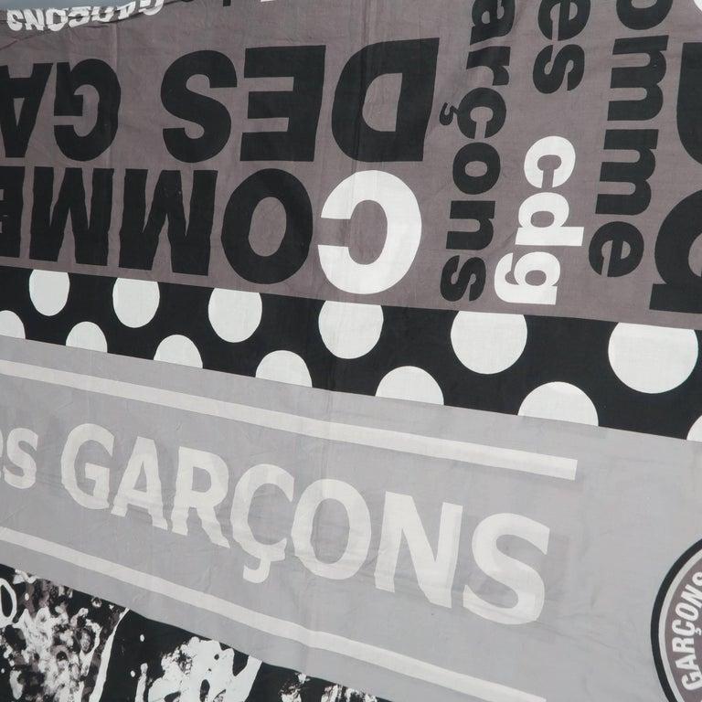 Women's or Men's COMME des GARCONS BLACK Grey & Black Printed Cotton Blanket Scarf For Sale