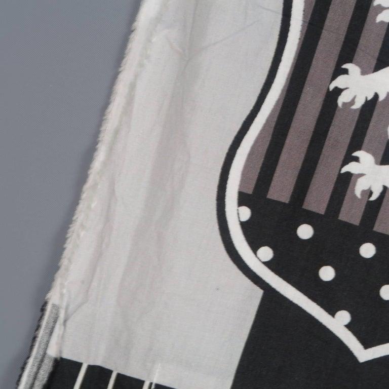 COMME des GARCONS BLACK Grey & Black Printed Cotton Blanket Scarf For Sale 2