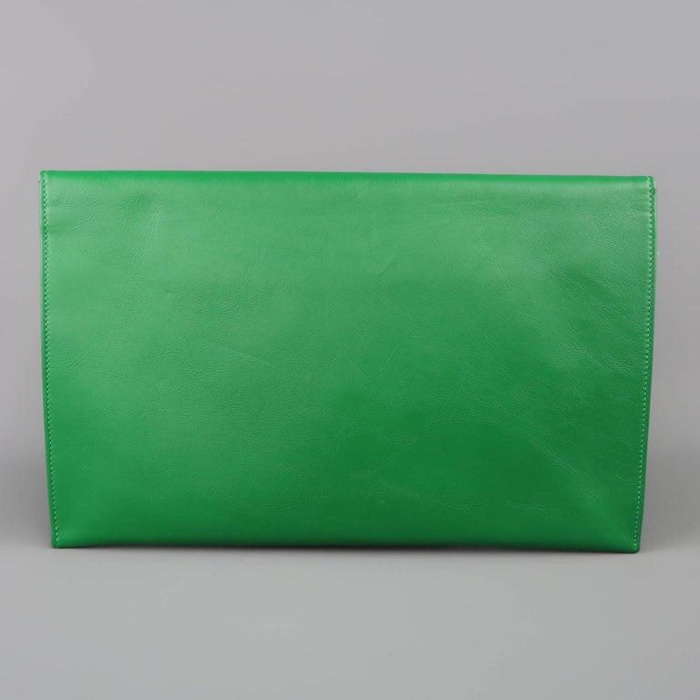 Jimmy Choo Green Leather and Suede Rosetta Envelope Clutch For Sale 3