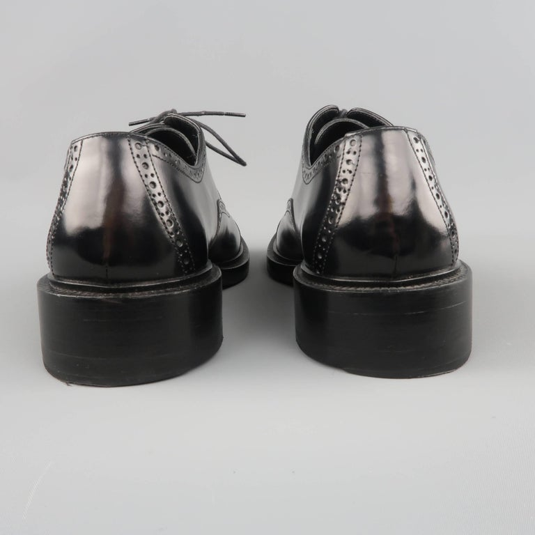 78af3c95d6a Men s GUCCI Size 9 Black Perforated Leather Square Cap Toe Brogue Lace For  Sale 3