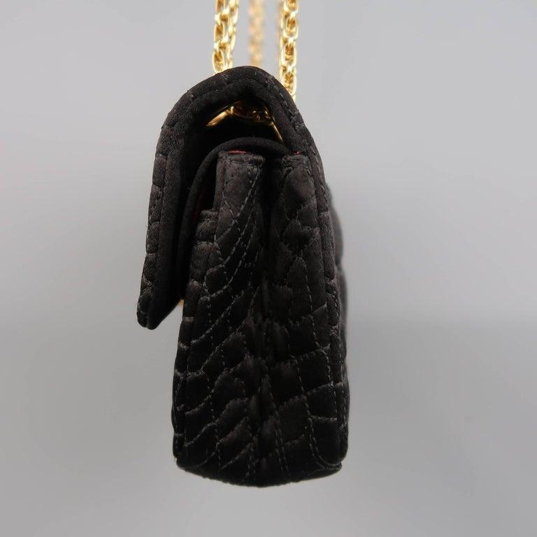 44146832f4e535 Chanel Handbag - Black Alligator Quilted Silk Gold Chain Reissue Shoulder  Bag For Sale 2