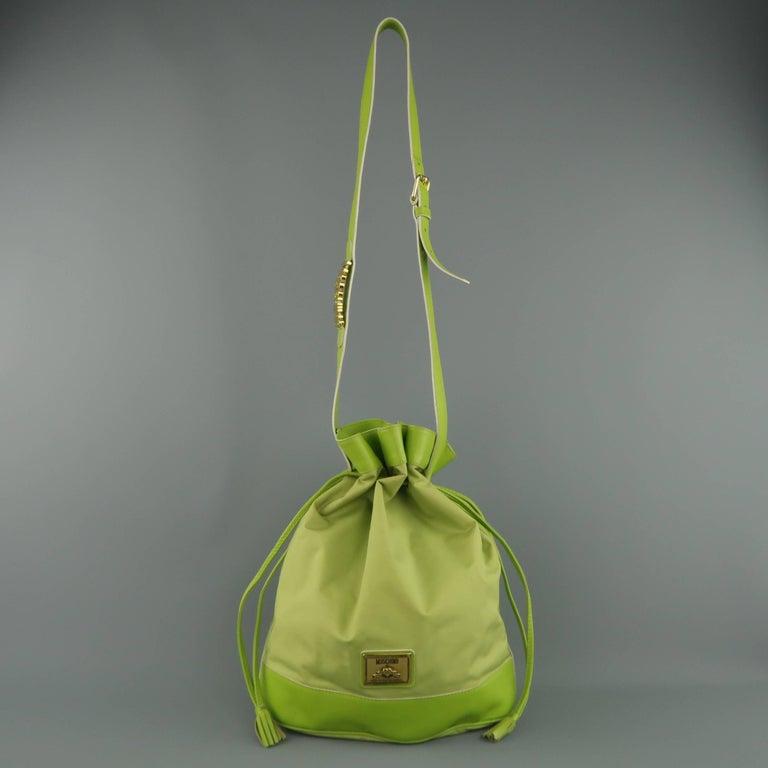 06a045d05f9 Vintage 1990s MOSCHINO Green Canvas Drawstring Bucket Handbag In Fair  Condition For Sale In San Francisco