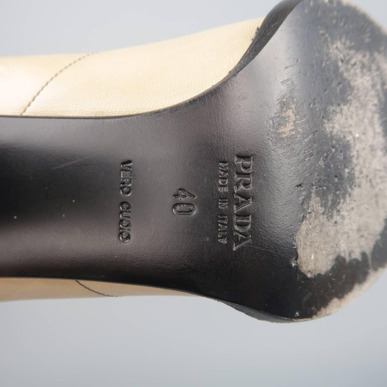 PRADA Size 10 Beige & Black Leather Cap Toe Pointed Toe Pumps For Sale 4