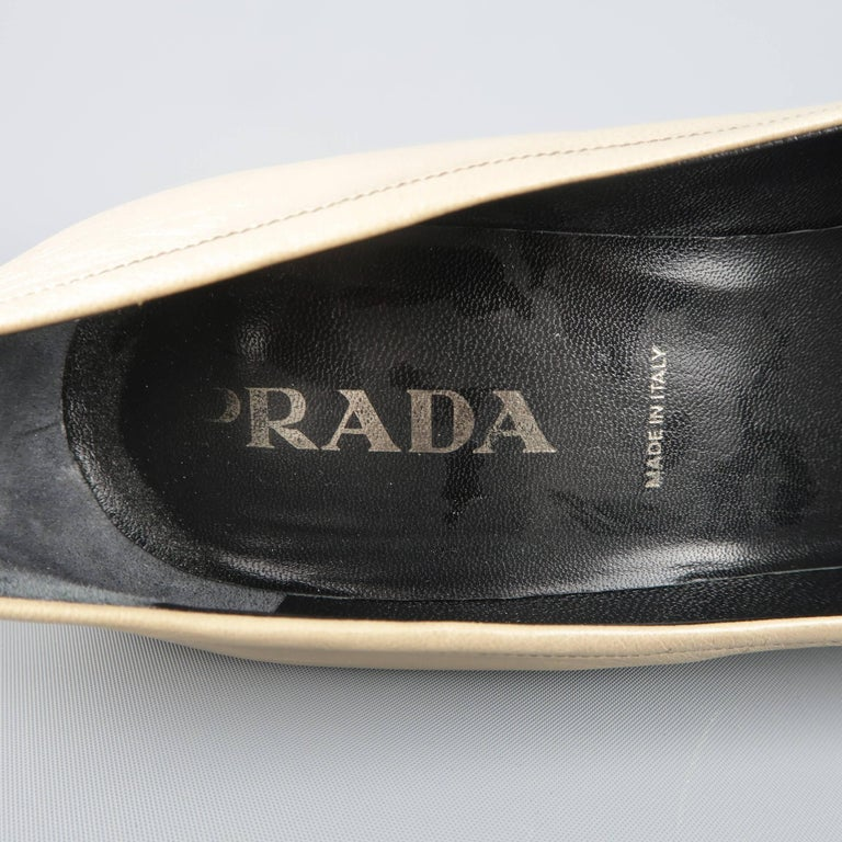 PRADA Size 10 Beige & Black Leather Cap Toe Pointed Toe Pumps For Sale 3
