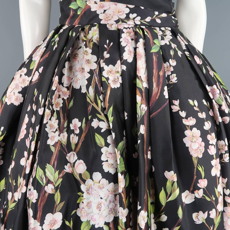 021da1a2 Dolce & Gabbana Dress - Black Cherry Blossom Cocktail Dress Gown In  Excellent Condition For Sale