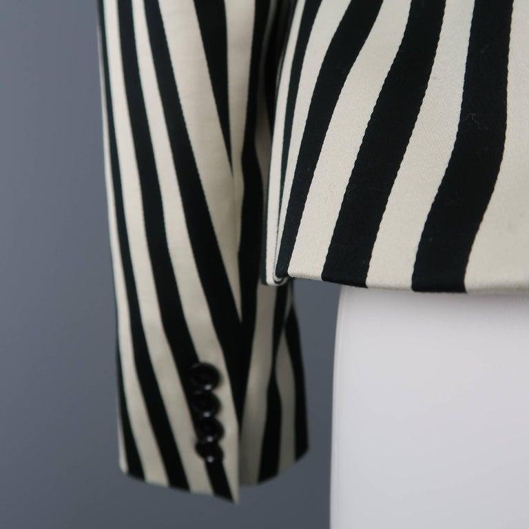 RALPH LAUREN Size 8 Cream & Black Striped Cotton Peak Lapel Jacket For Sale 3