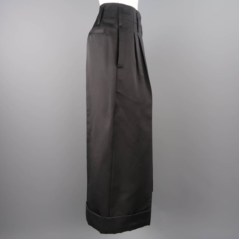 MARC JACOBS Size 6 Black Silk Wide Leg Pleated Culottes Pants For Sale 1
