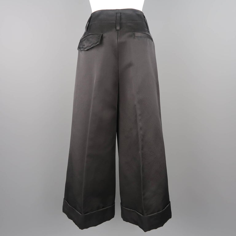 MARC JACOBS Size 6 Black Silk Wide Leg Pleated Culottes Pants For Sale 2